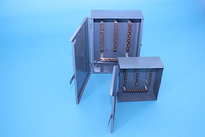 Caja de distribuci n con barras de cobre gabinan for Caja de distribucion